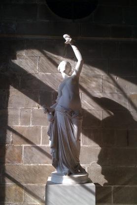 Skulptur im Schloss Fontainebleau, Frankreich