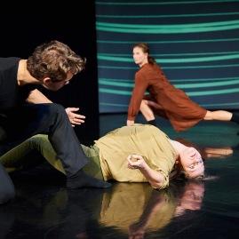 Volkstheater Rostock - Tanztheater HAVE A LOOK 2 - Szenenfoto Foto: Thomas Häntzschel / nordlicht www.fotoagenturnordlicht.de