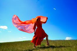 Lucia Peters Larissa Potapov Giuliana Savari Souldance Tanz Energiearbeit Frauen