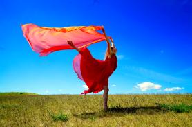 Lucia Peters Dancing Greatness Souldance mit Tanz für Frauen zu Vitalität